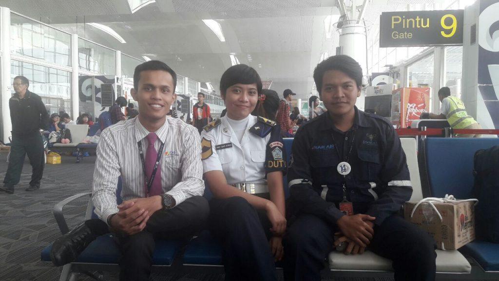 Senyum Alumni Yang Sudah Bekerja
